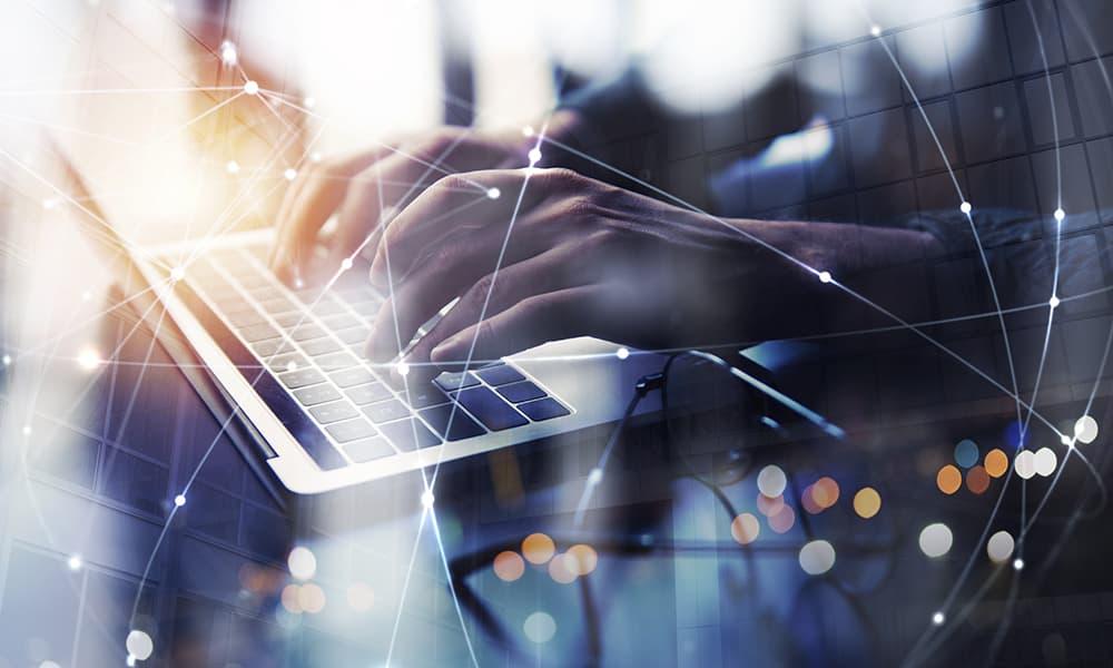 SaaS利用時に送信するデータの権利等を保護するための契約上の留意点